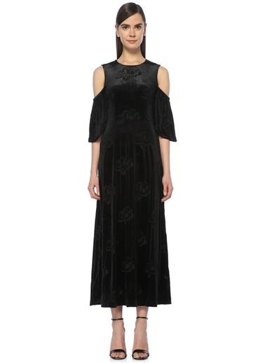 GANNI Omuzları Açık Uzun Kadife Elbise